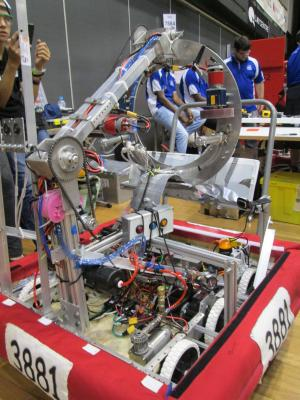 Photograph of the Robot #3881 at International Competition